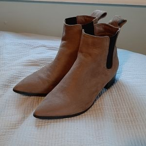 3 for 30$ 🧞♀️🧞♀️🧞♀️Chelsea Boots